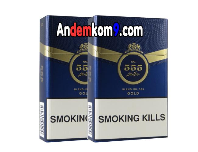 Ship thuốc lá 3 số 555 ngoại đêm khuya Hà Nội