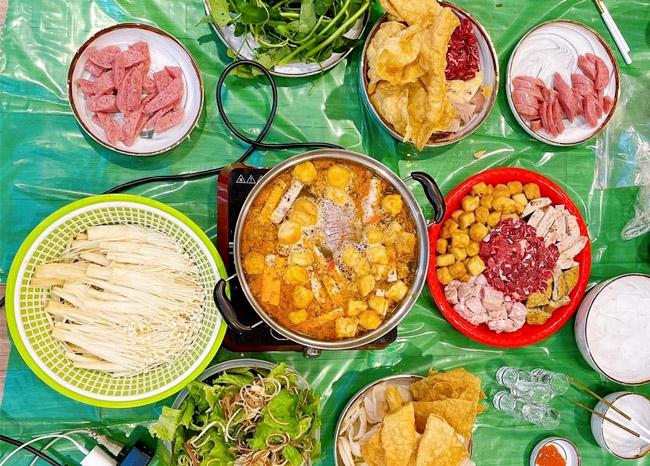 Top 4 lẩu nguyệt - quán lẩu riêu cua bắp bò Nguyễn Du